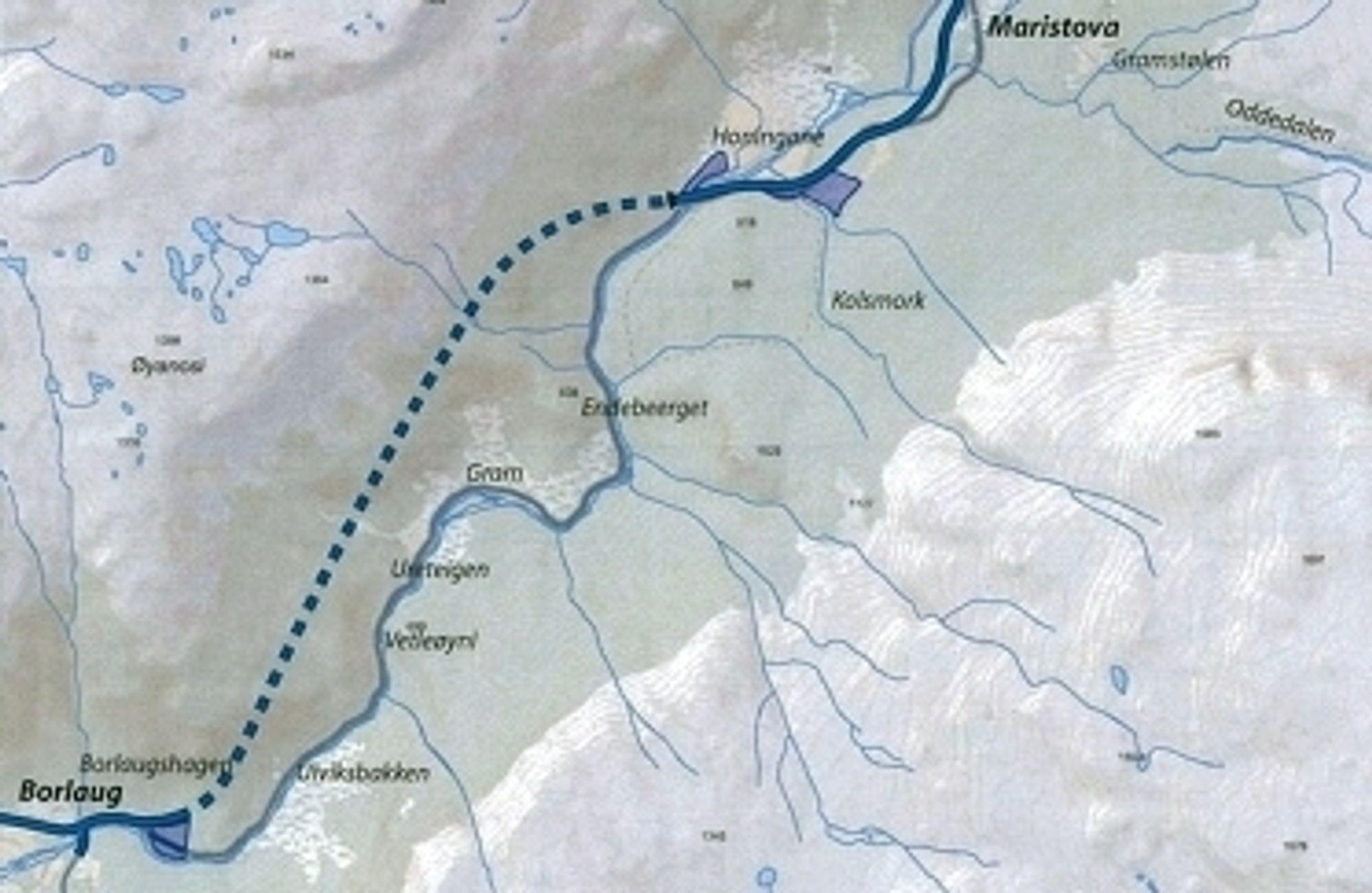 Den stiplete linjen viser den vel 4 km lange tunnelen som inngår i strekningen Borlaug-Smedalsosen. Mesta ligger godt an til å få jobben. Ill: Statens vegvesen.