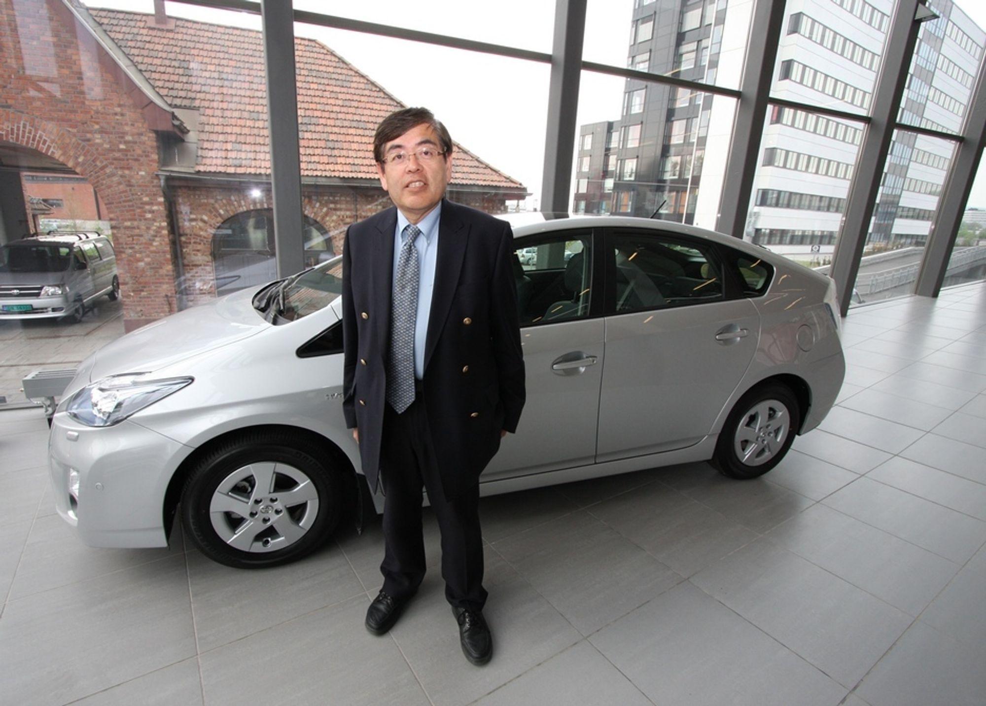 """HYDROGENGARANTI: - Det er slutt på den tiden der vi bilprodusenter lovet """"hydrogenbil om fem år"""", får så å komme med samme beskjed fem år etter, sier Katsuhiko Hirose."""