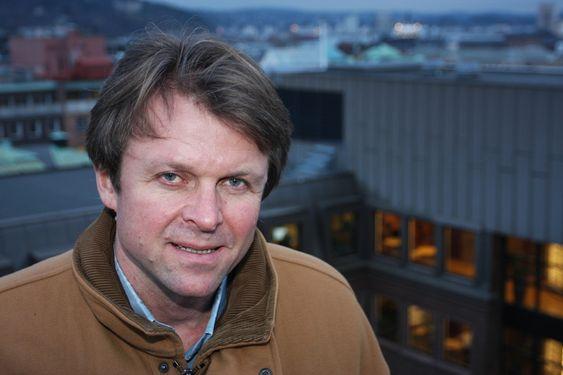 Oslo Teknopol både leier kontorlokaler og søker pengestøtte fra organet daglig leder Knut Halvorsen ser på som en brysom konkurrent - Innovasjon Norge.