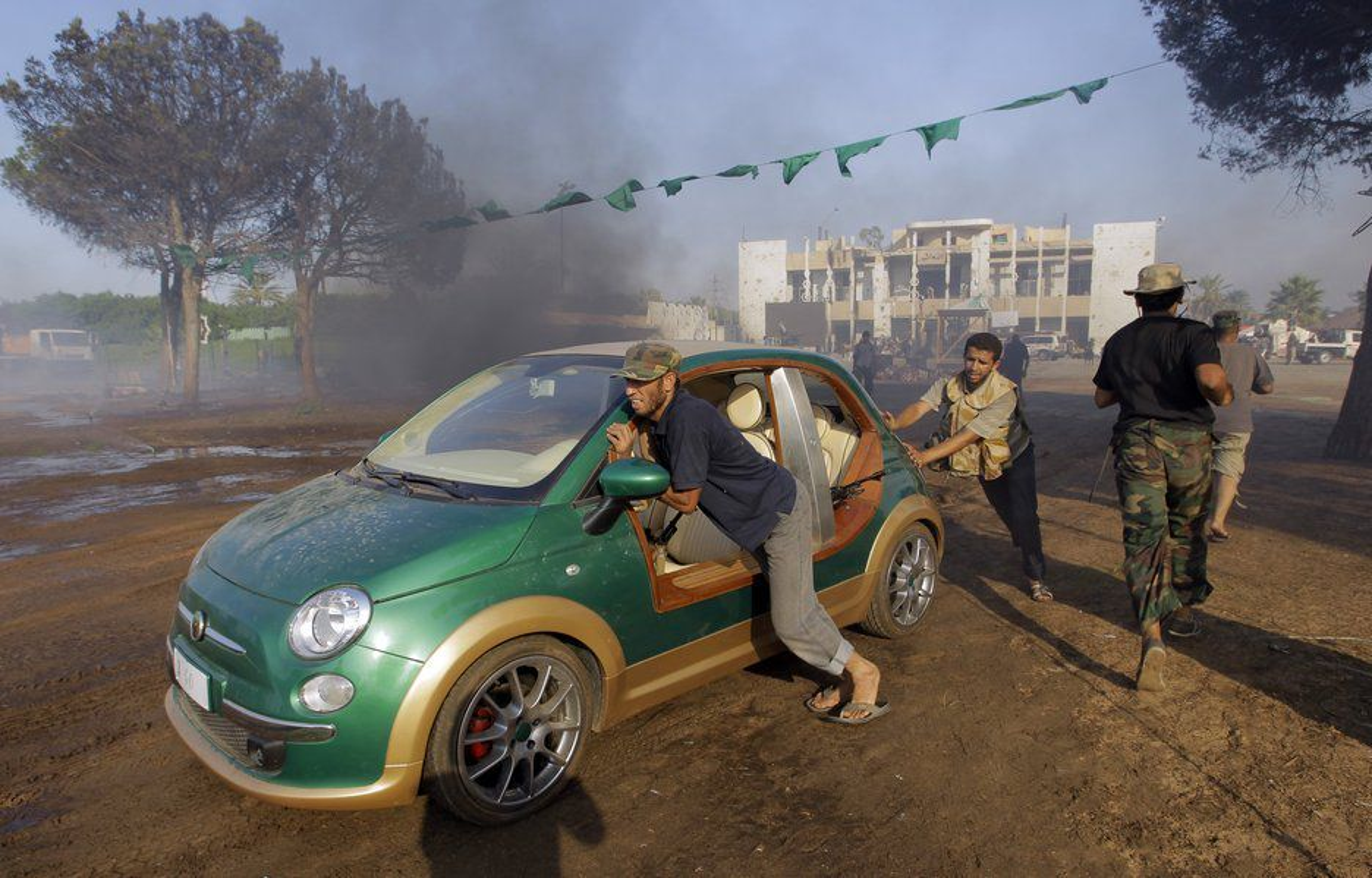 Gaddafis grønne Fiat 500 var elektrifisert i Italia og klarte visstnok 260 km på én lading.