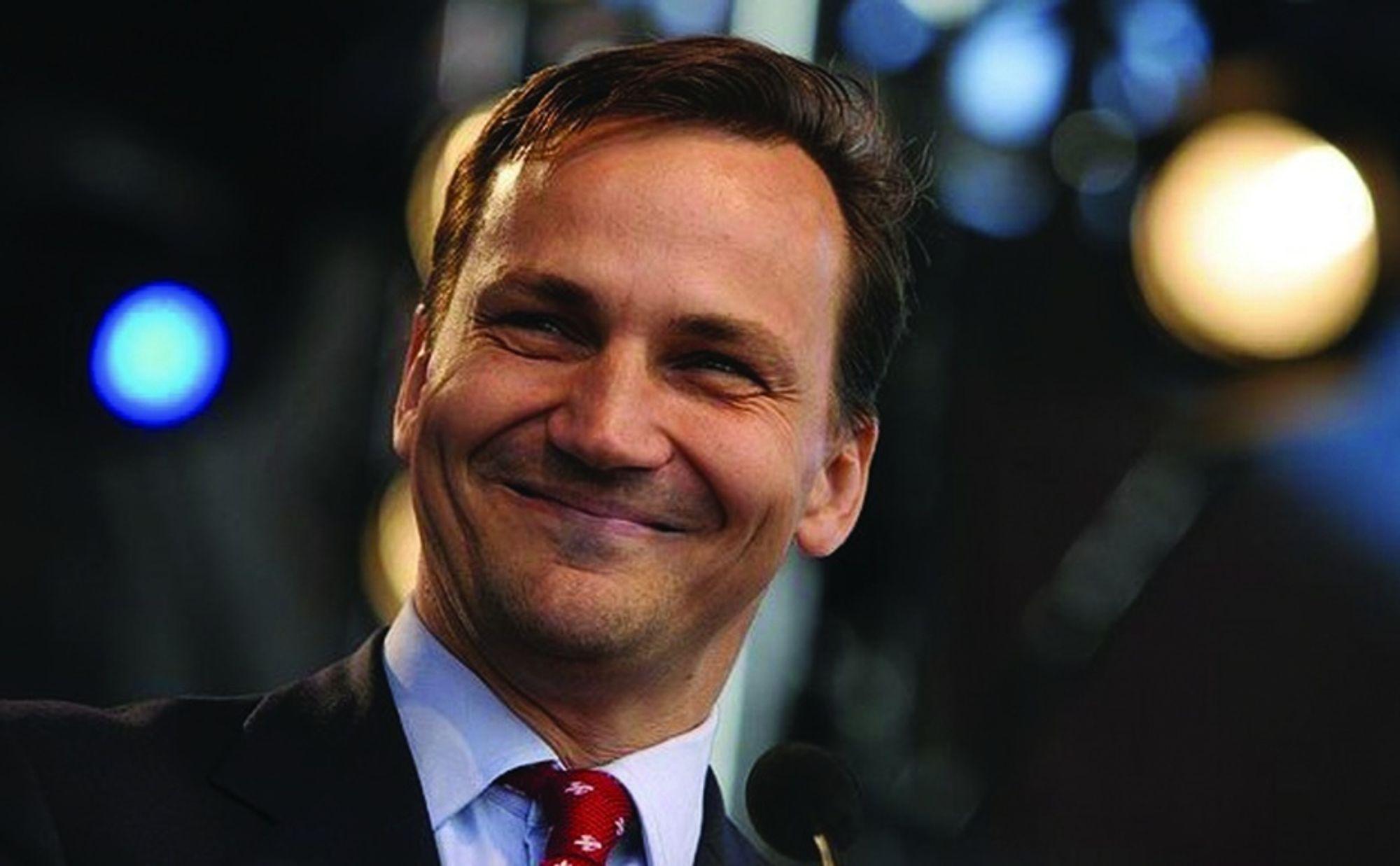POLSK EUFORI: Polen kan bli et nytt Norge, tror utenriksminister Radoslav Sikorski.