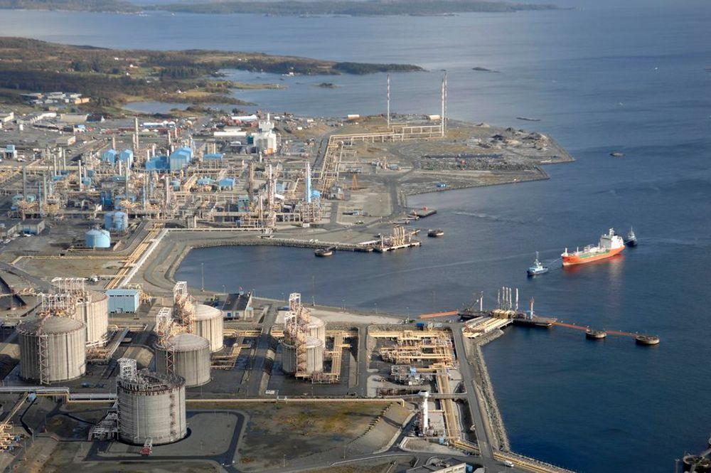 ASISSTANSE: Bukser og Berging skal fra høsten 2013 stille med to nyutviklete LNG-drevne eskortetaubåter til Kårstø.