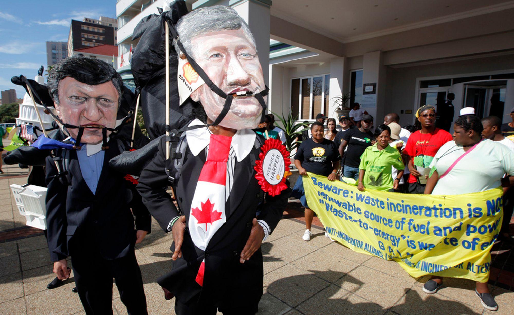 COP17: Klimademonstranter i Durban. Det er fortsatt strid om Kyoto-avtalens framtid.