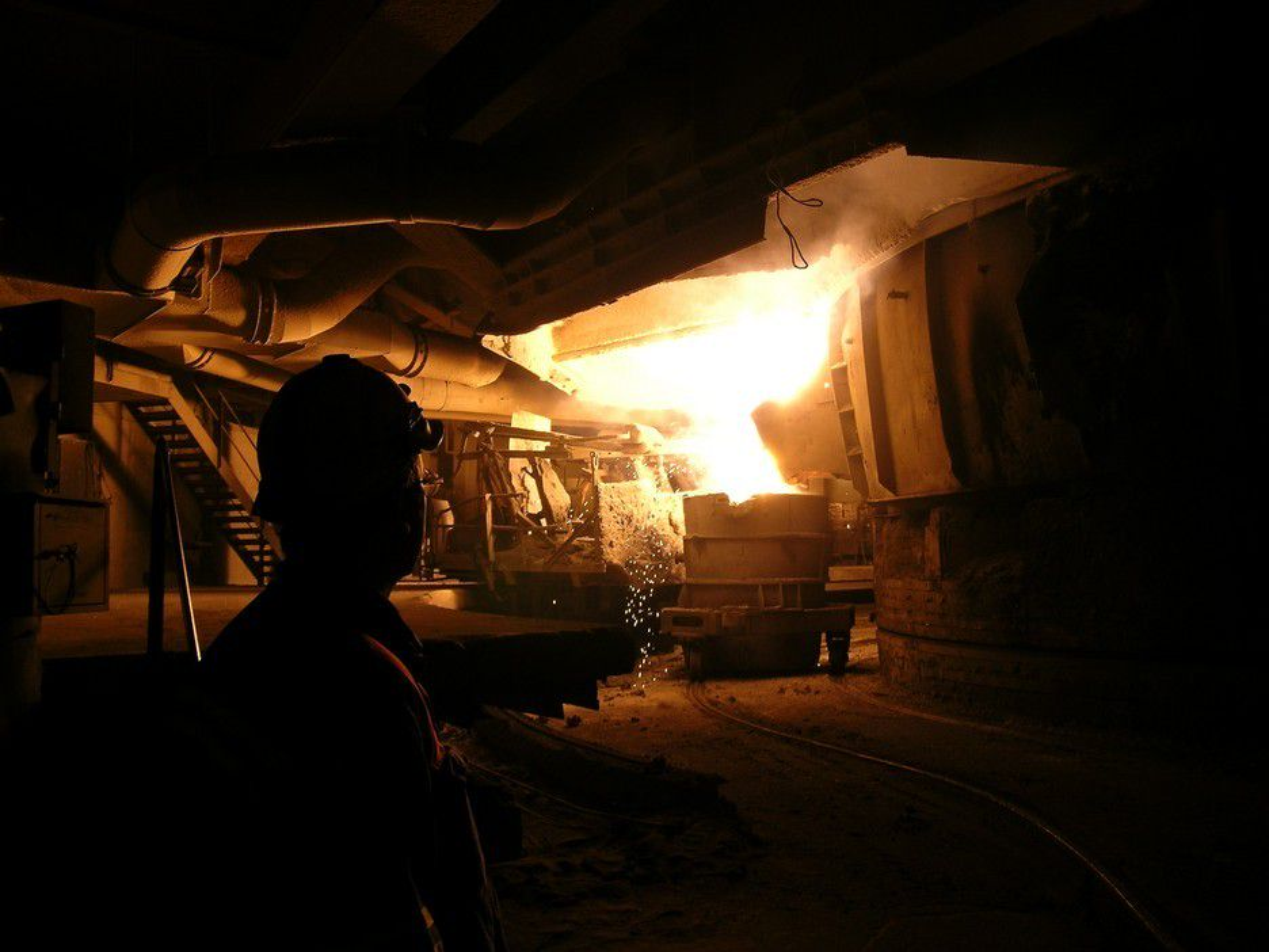 Utslippene fra metallproduksjon har gått sterkt ned de siste årene.