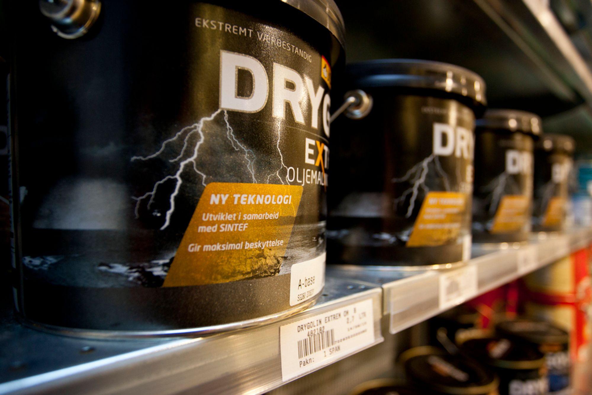 """SKYR NANO: Oljemalingen Drygolin Extrem inneholder nanopartikler av silika. Men produsenten Jotun tør ikke å bruke ordet """"nano"""" i markedsføringen. I stedet fokuserer de på at teknologien er utviklet sammen med SINTEF."""