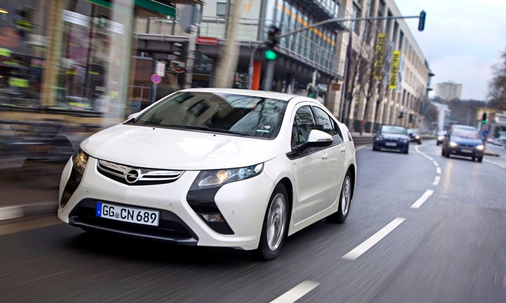 Ladbare hybrider som Opel Ampera vil bli langt billigere dersom Venstre får gjennomslag i budsjettforhandlingene.