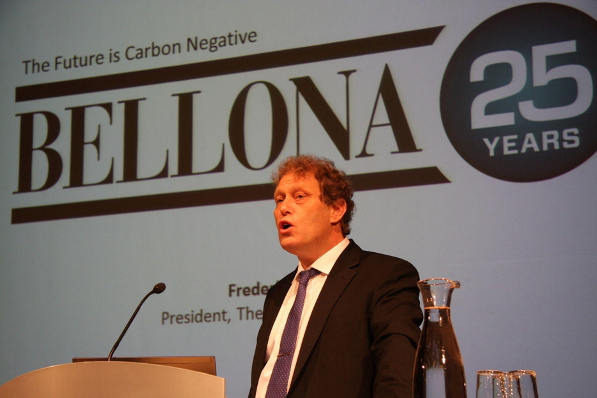 CO2-NEGATIV DRØM: - Jeg har en drøm, sier Frederic Hauge på Bellonas 25-årsfeiring. - Om at jeg en dag skal kjøre bilen min med energi som suger mer CO2 ut av lufta for hver kilometer jeg kjører.
