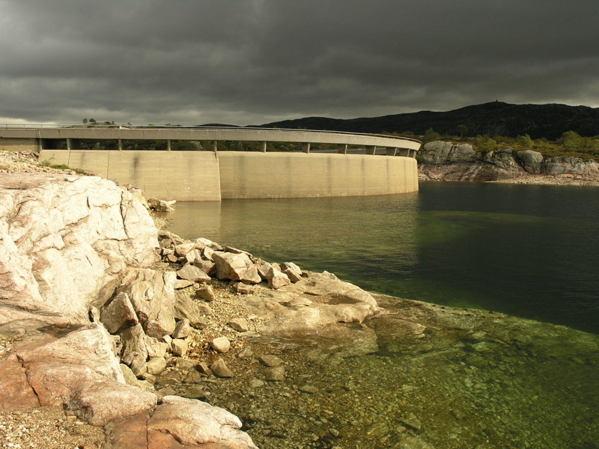 NYE PLANER: 11 vannregioner er i full gang med arbeidet med tiltaks- og forvaltningsplaner for alle norske vassdrag i henhold til vannforskriften.