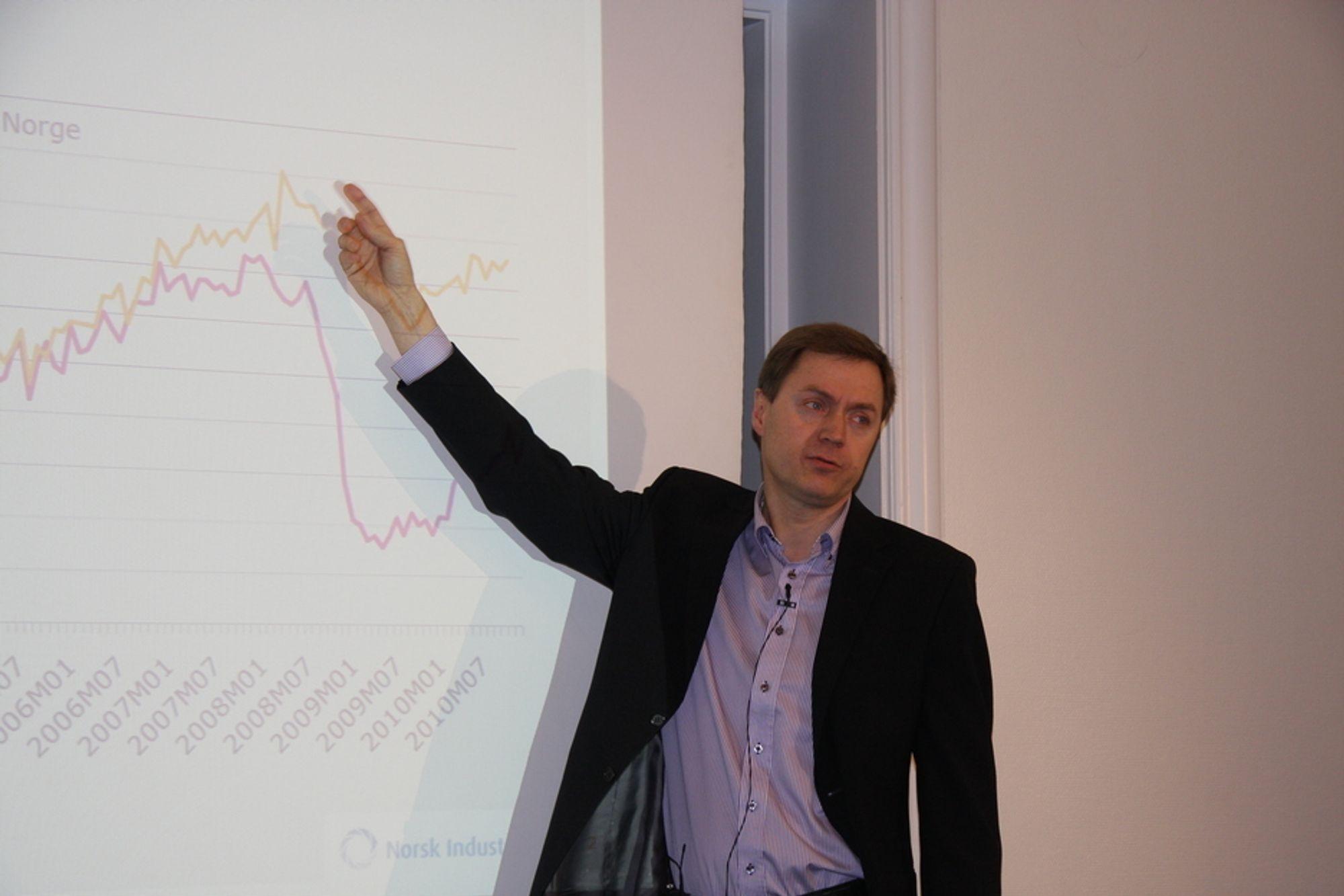 IKKE NOK: Direktør Knut SUnde i Norsk Industri mener at regjringen må fortsette å stramme inn på pengebruken for å sikre lav kronekurs og norsk eksportindustri.