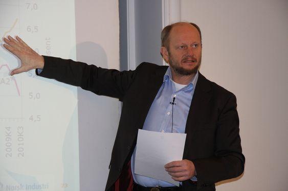 Stein Lier-Hansen, Norsk Industri, legger fram konjunkturrapporten 27. januar 2011