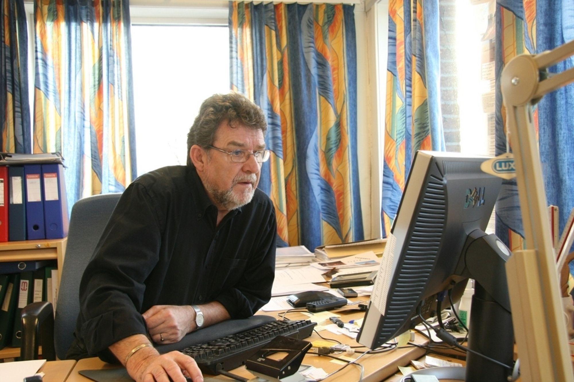 KONTAKT SØKES:  Professor Svein Bjørberg ønsker tettere kontakt mellom byggeindustrien og akademia.