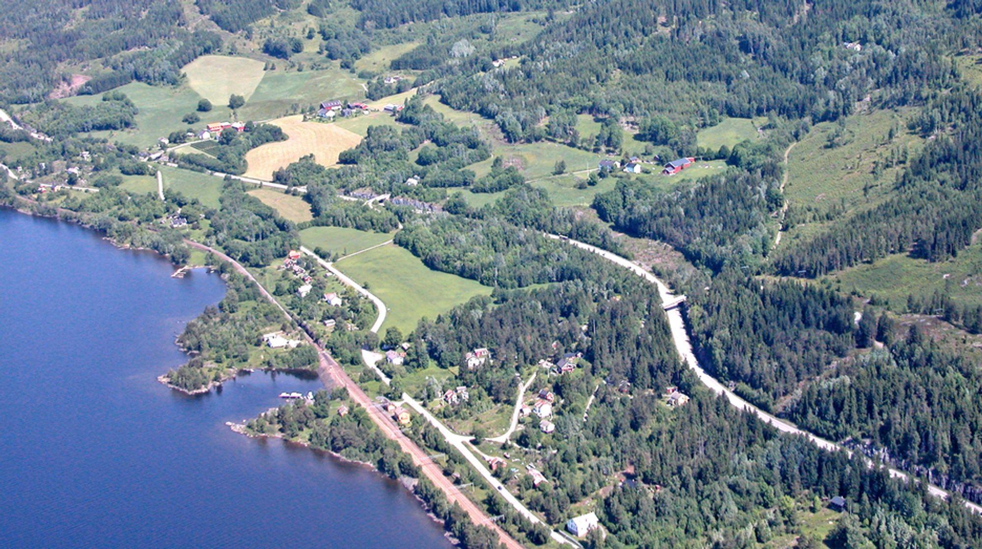 Her på Morskogen går både E 6 og Dovrebanen i dagen foreløpig. Om tre år går E 6 i den 2,3 km lange Morskogtunnelen, og om fire år går jernbanen i den 3,9 km lange Ulvintunnelen.