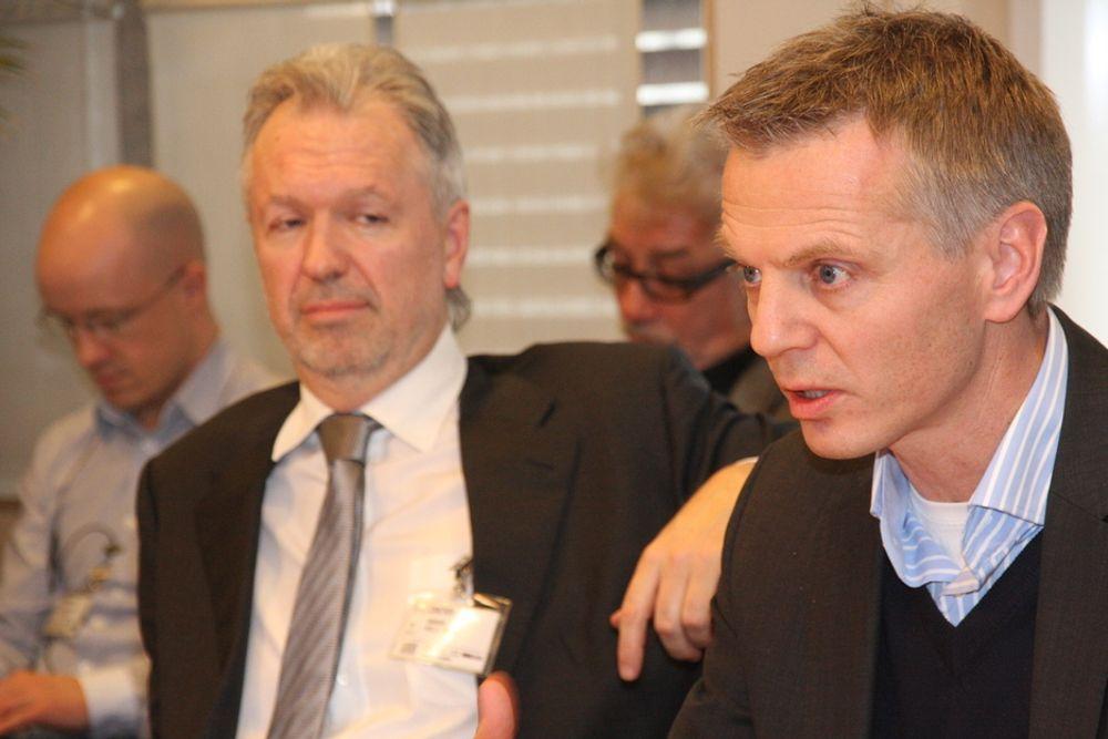 Investeringsdirektør Nils Arne Bakke hos Lyse fiberinvest (t.v.) og adm. dir. Ragnar Kårhus hos Telenor Norge kom med råd til regjeringen om bredbåndspolitikken.