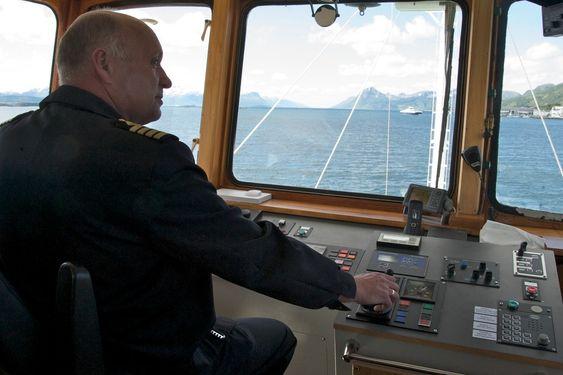 Skipper Helge Strand har vært med på utprøvingen av det nye fremdriftssystemet og har bare lovord.