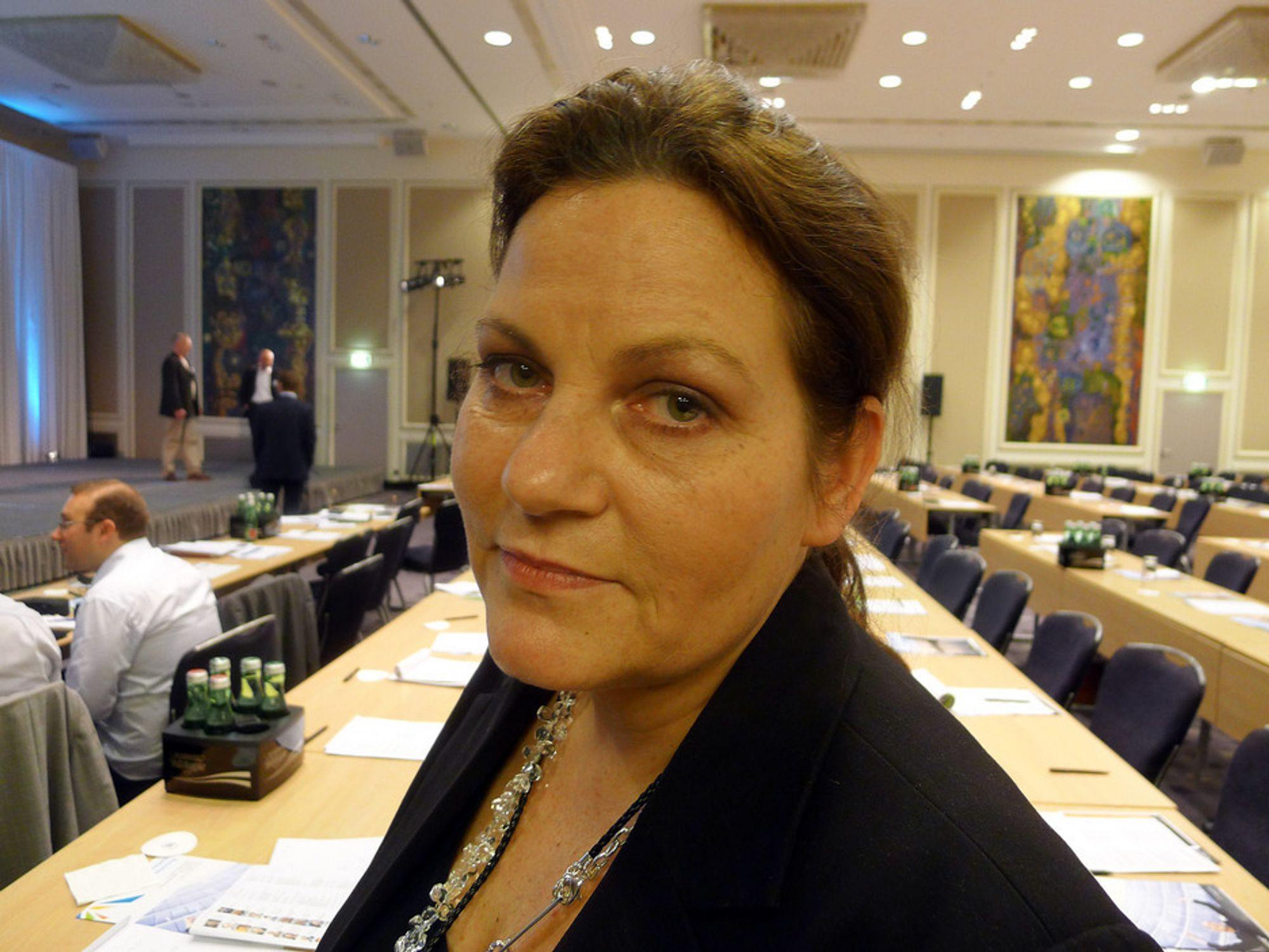 ETTERLYSER TYDELIGHET: Fungerende leder i Stortingets energi- og miljøkomité, Siri A. Meling (H) etterlyser tydelighet og ambisjoner fra OED i arbeidet med å øke antall utenlandskabler til og fra Norge.