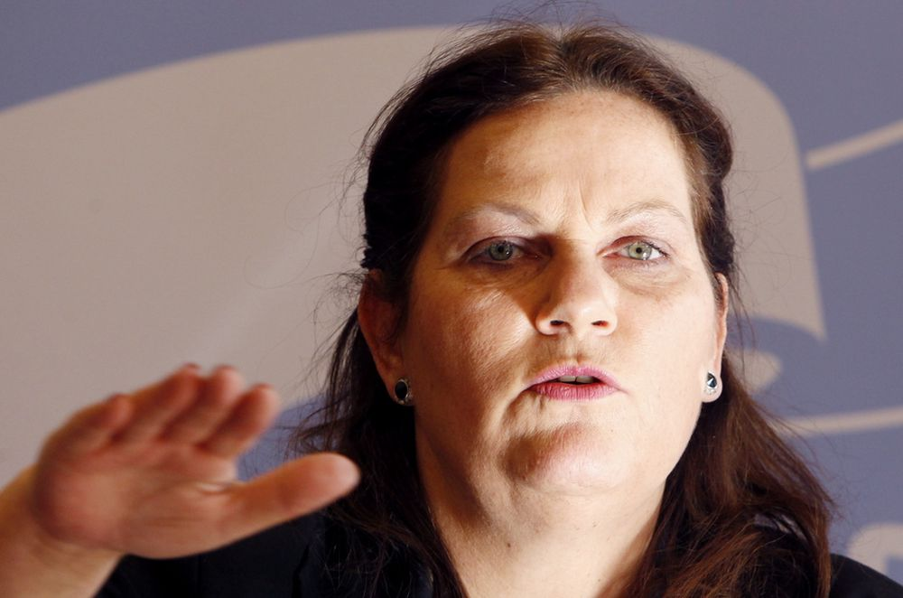PENGER TIL SVERIGE: Høyres energipolitiske talskvinne Siri Meling tviler på at norske strømkunder vil være komfortable med å finansiere kraftutbygginger i Sverige, og krever derfor raskere konsesjonsbehandling i Norge.