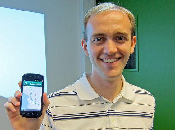 LANSERTE: Produktsjef for Googles mobilapplikasjoner, Darren Baker, introduserte Google Maps nye navigasjonsegenskaper for nordiske journalister.