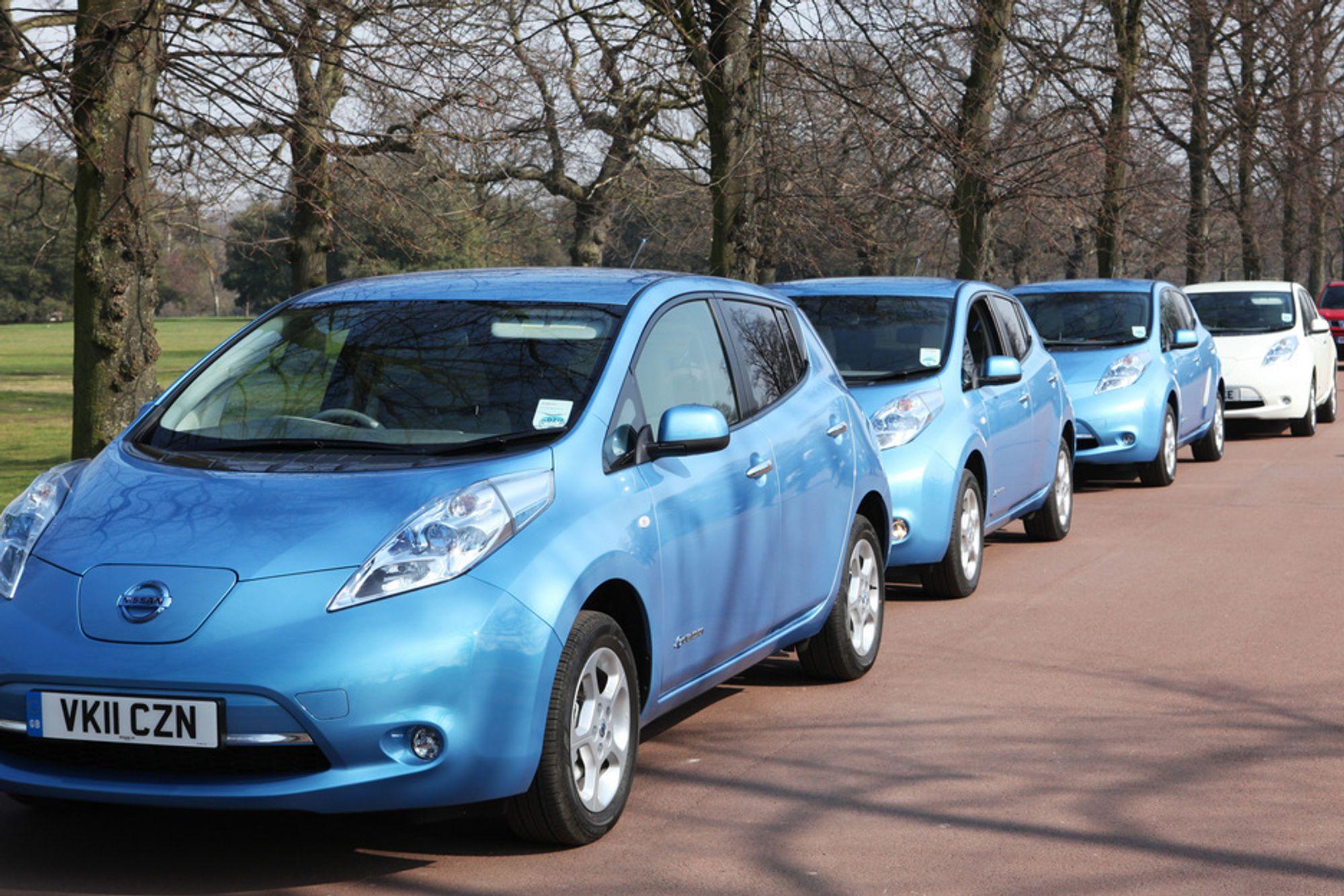 TILPASSER SEG: Elbil-eiere bruker bilen like mye, men annerledes enn vanlige bileiere, viser foreløpige resultater fra ny elbil-studie.