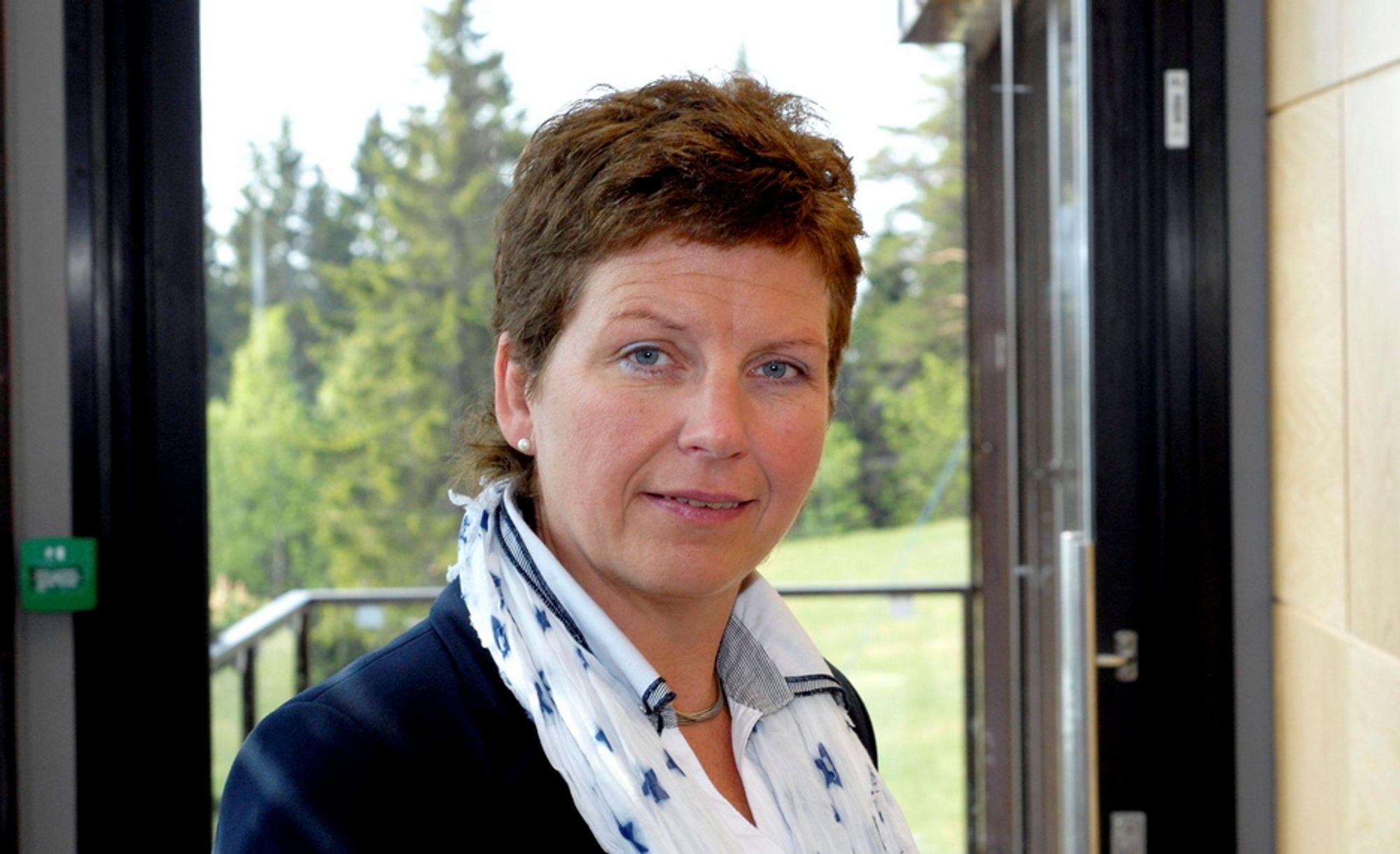 DISTRIKTSPOLITIKK: Distriktspolitiske hensyn tilsier at deler av Nord-Norge må få slippe elsertifikater, mener statssekretær Eli Blakstad (Sp) i Olje- og energidepartementet.