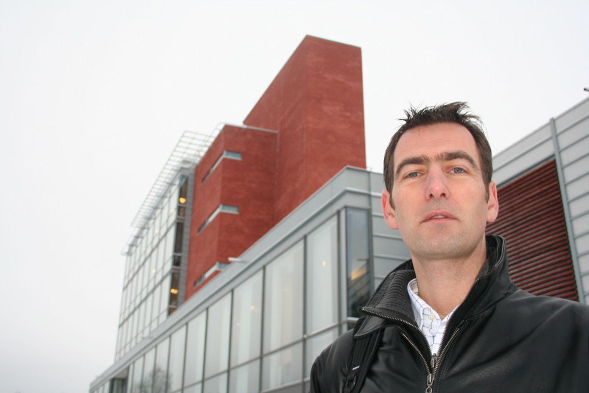 INNSATS: Christian Meyer ved Norsis får ITAKT-prisen for personlig innsats mot ID-tyveri.