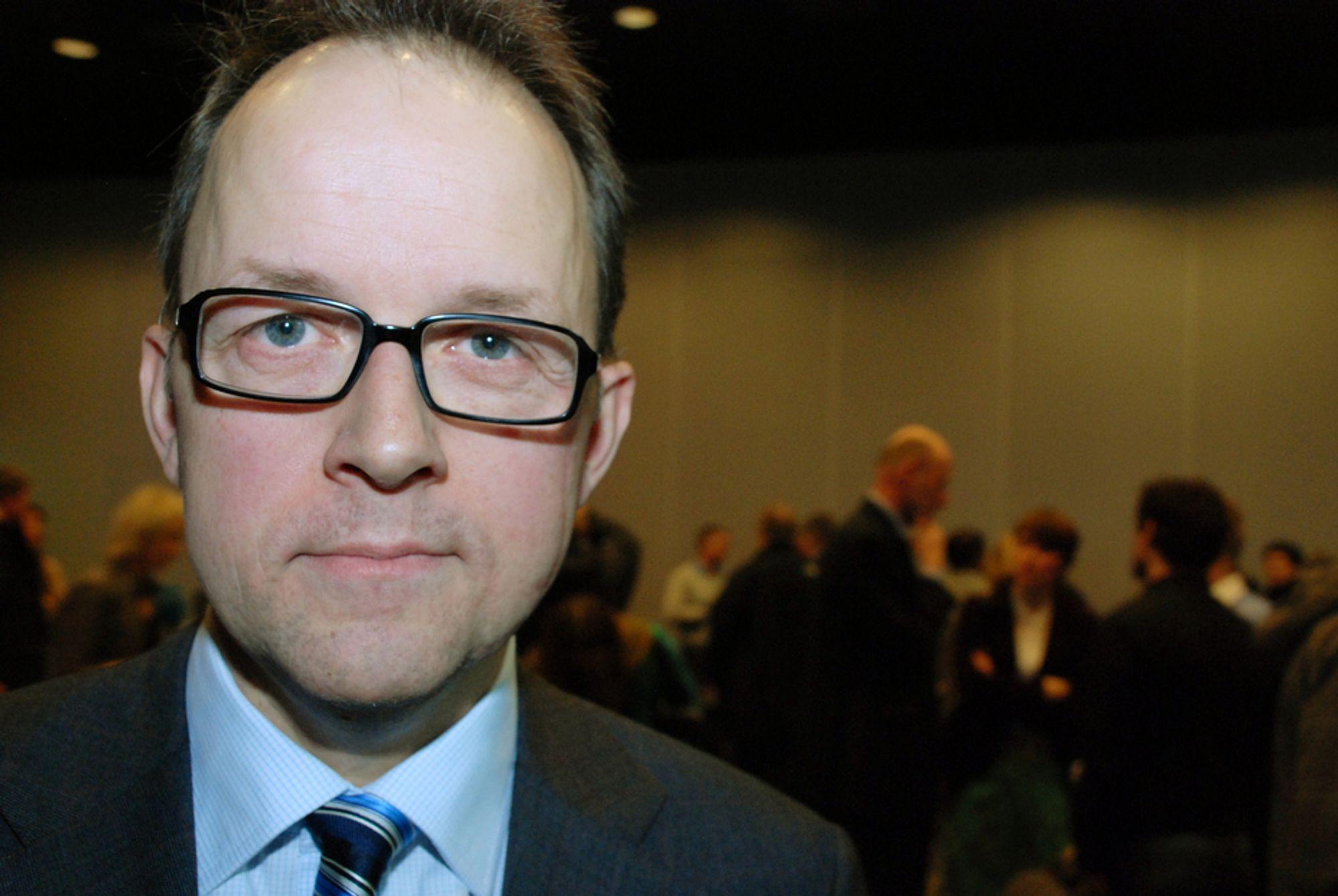 NEI: Høyere skatter vil gå ut over satsingen på fornybar energi, sier Energi Norge-direktør Oluf Ulseth.