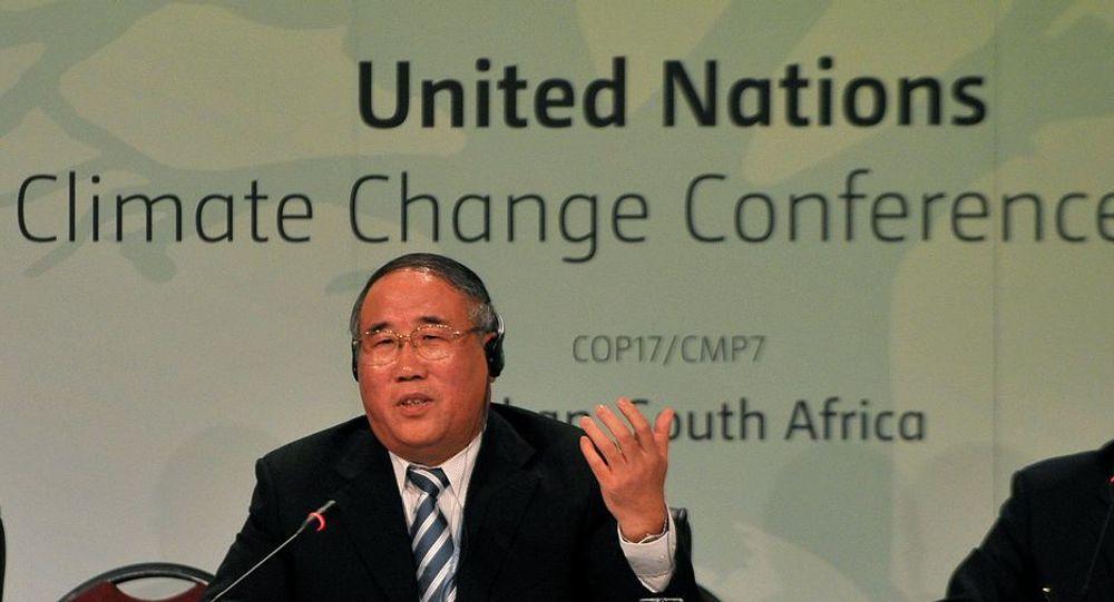 Kina stiller vilkår for en ny klimaavtalen. Her den kinesiske delegasjonslederen under klimaforhandlingene i Durban, Xie Zhenhua
