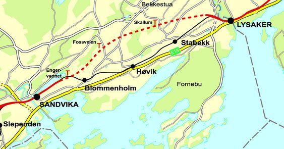 STREKNINGEN: Prikket rød linje viser den nye tunnelen hvor hurtigsporene skal gå direkte fra Lysaker til Sandvika. Lokaltogene vil fortsatt følge svart linje, og få med seg stasjonene Stabekk, Høvik og Blommenholm. KART: JBV