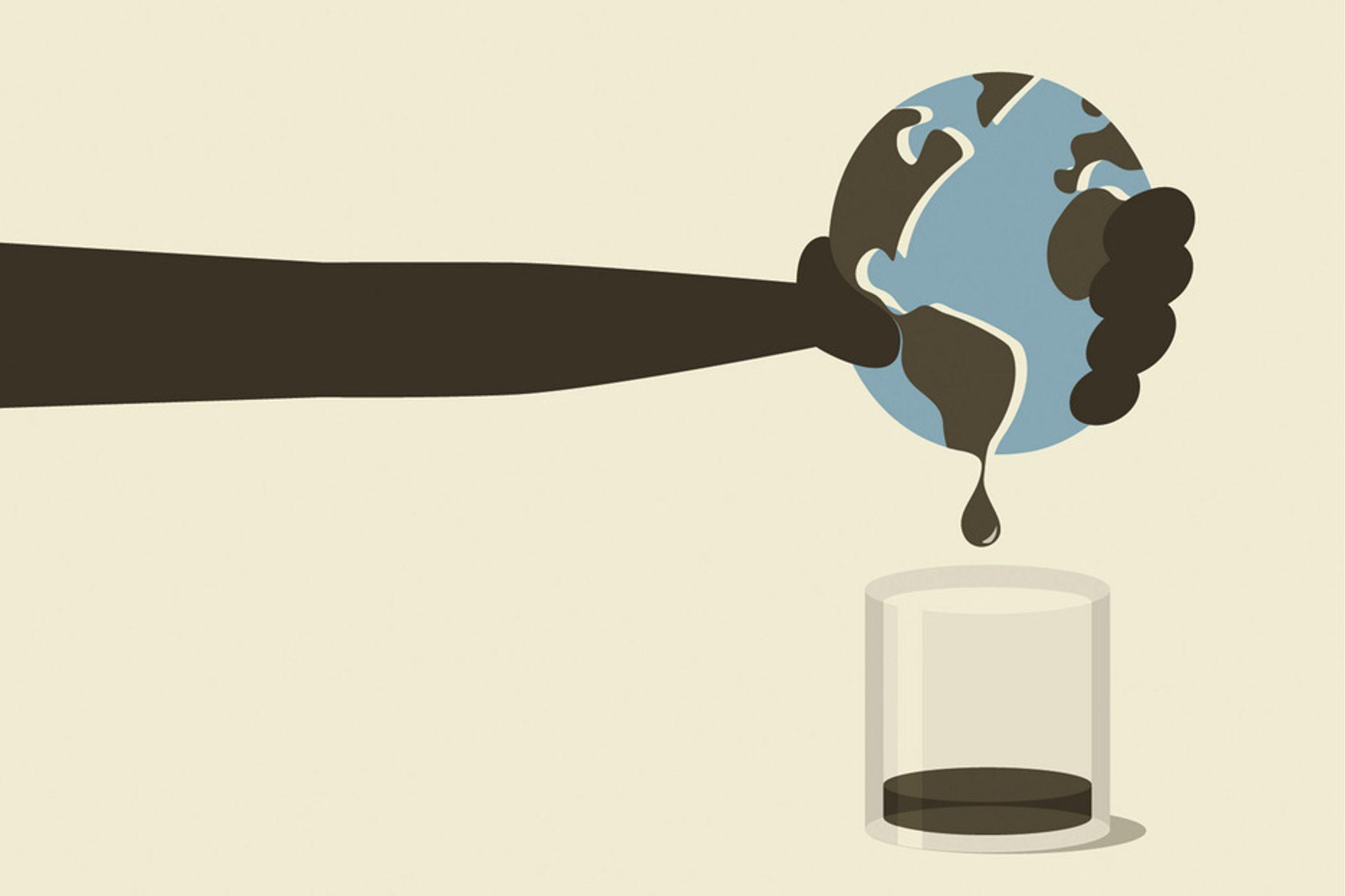 SKVISER SITRONEN: Kriger, spekulasjon eller rett og slett peak oil: Uansett hva som er årsaken er oljen mange ganger dyrere enn før. Helge Lurås og kollegene hans får nå penger fra UD for å skrive en peak oil-rapport, etter først å ha fått avslag.