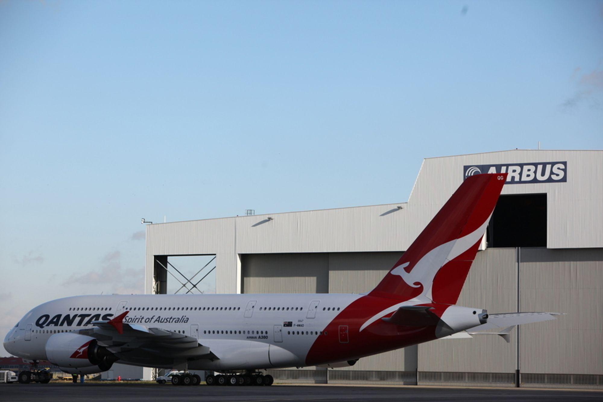Dette flyet til Qantas var ett av 18 A380-er som ble ferdigstilt på Airbus-fabrikken i Toulouse i fjor. Men det er et stykke opp til makskapasiteten på 48 fly i året.