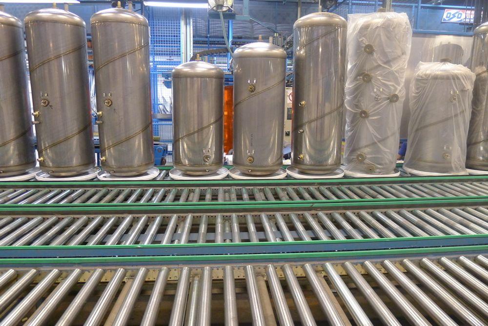 FORBUDT: Direkte elektrisk oppvarmede varmtvannsberedere over 200 liter blir forbudt mens beredere på 150 liter blir merket C.