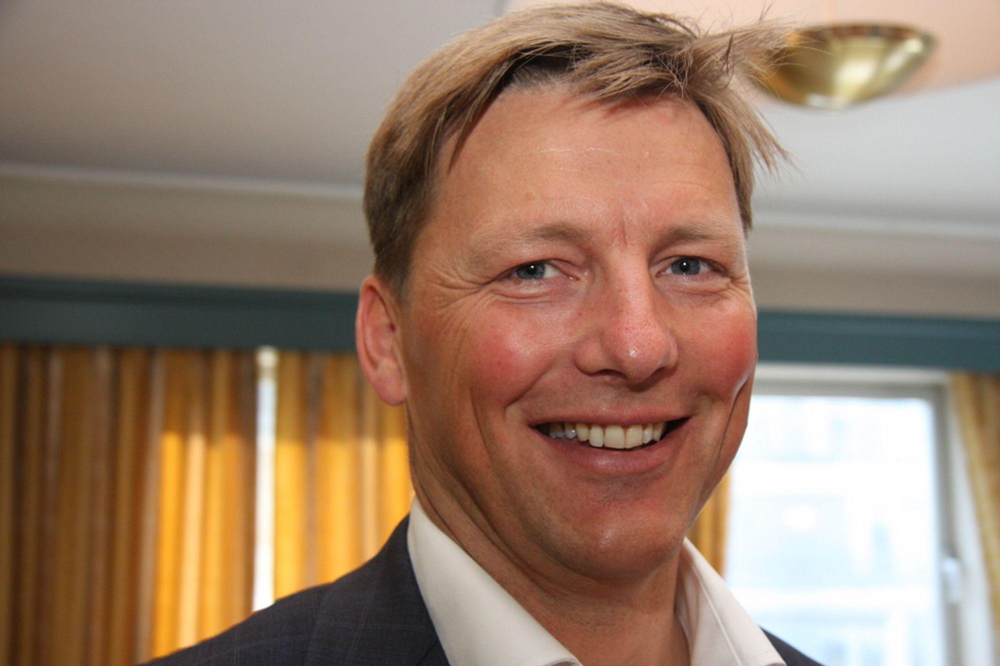 EKSTRAORDINÆRT: Pål Egil Rønn i AF Gruppen lover både høyt utbytte og et ekstraordinært tillegg. Han vil ha ned egenkapitalandelen som nå har passert 34 prosent.