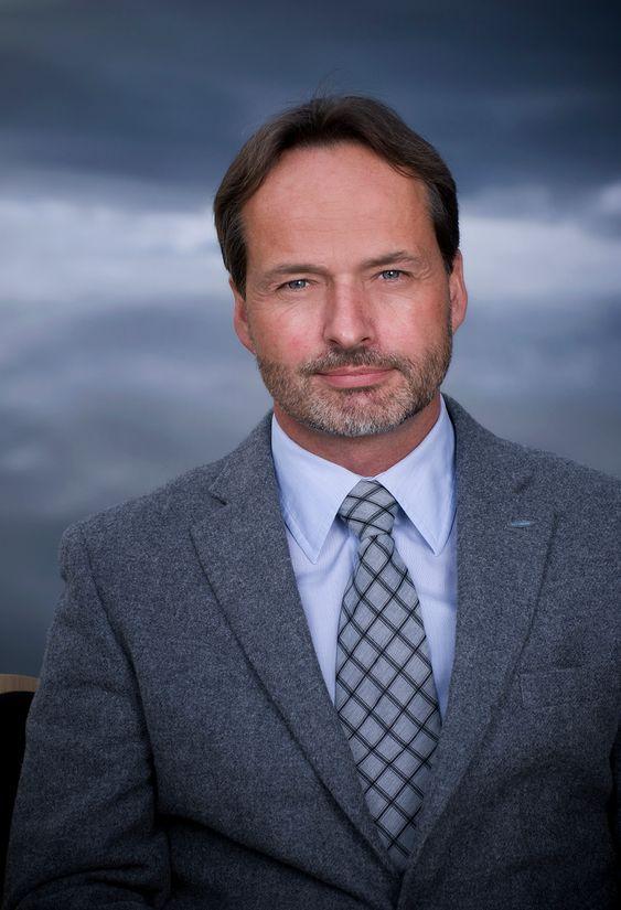 AVVENTER: Konsernsjef Jon Erik Engeset i SafeRoad sier at hovedmarkedet deres i Nord-Europa foreløpig ikke er vesentlig rammet av Eurokrisen.