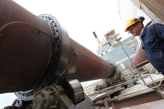 På besøk på Kronos Titan i Fredrikstad På besøk på Kronos Titan i Fredrikstad. Dette er oljebrennerne som skal bruke LNG i stedet.
