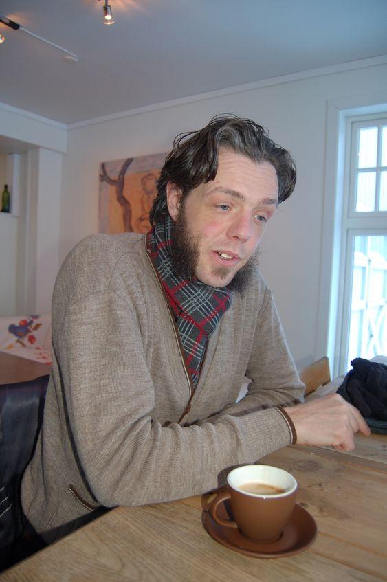 100 ÅR:  Martin Andersen forklarer detaljert hvordan han fikk ideen etter å ha flyttet til Rjukan fra Oslo. Da han presenterte sin i ide for kommunen fikk han bekreft at det første gang ble lansert en lignende ide for snart 100 år siden.