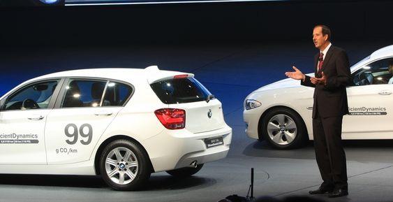 Dette er to modeller BMW ikke får full avgiftsmessig valuta for i Norge: 1-serie med et utslipp på 99 g CO2/km fra en motor som yter 85 kW (t.v) og en 5-serie som slipper ut 119 g CO2/km fra en motor som yter 135 kW.