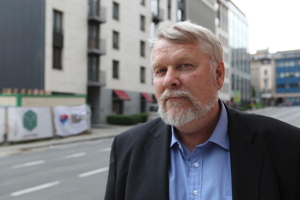 ASPO 9 i Brüssel 27-29 april 2011. Tor Olav Steine (V), fylkespolitiker i Akershus.