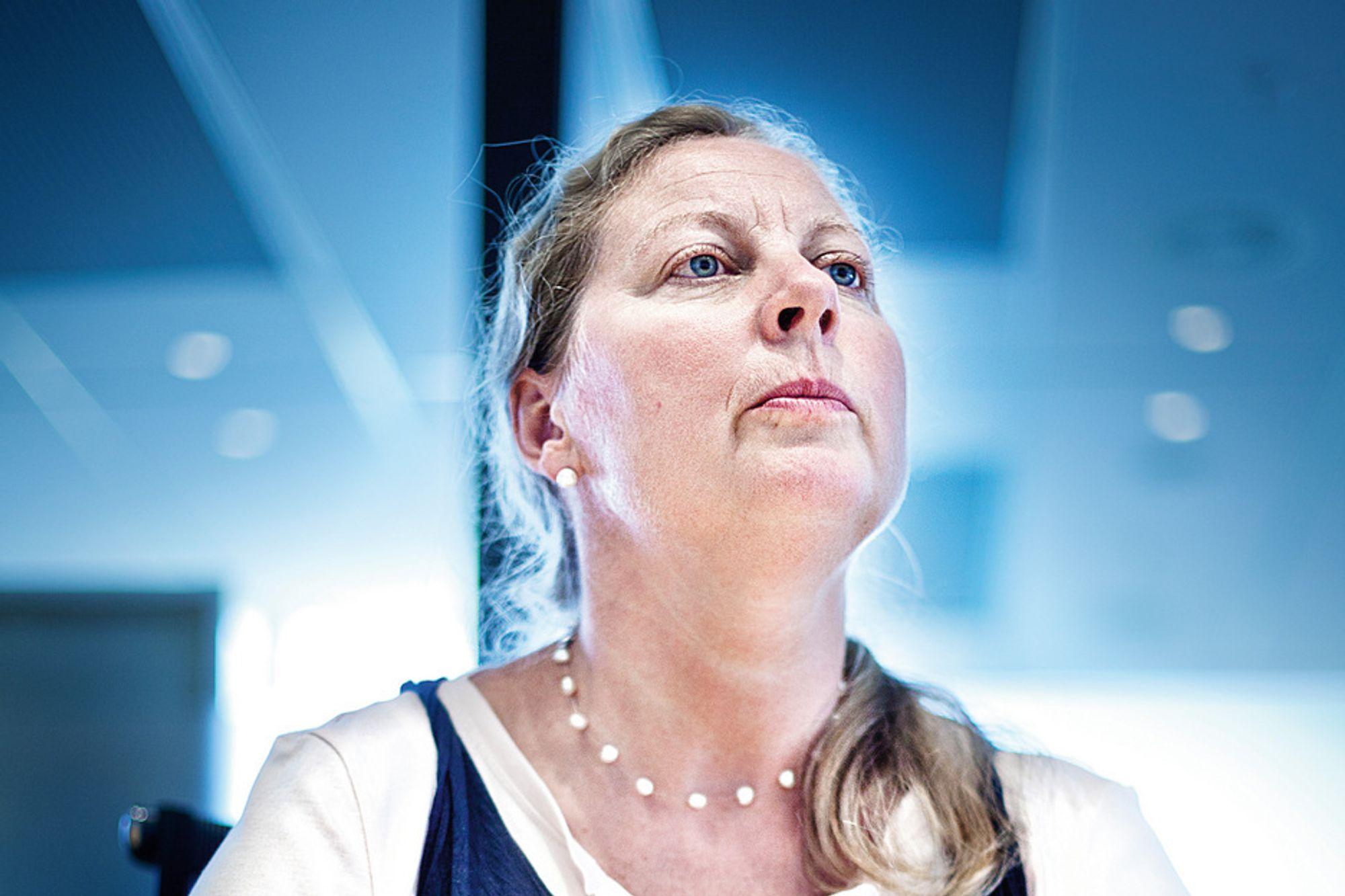 Telenor Norge-sjef Berit Svendsen tilbyr alle de ansatte sluttpakker. 450 må gå.