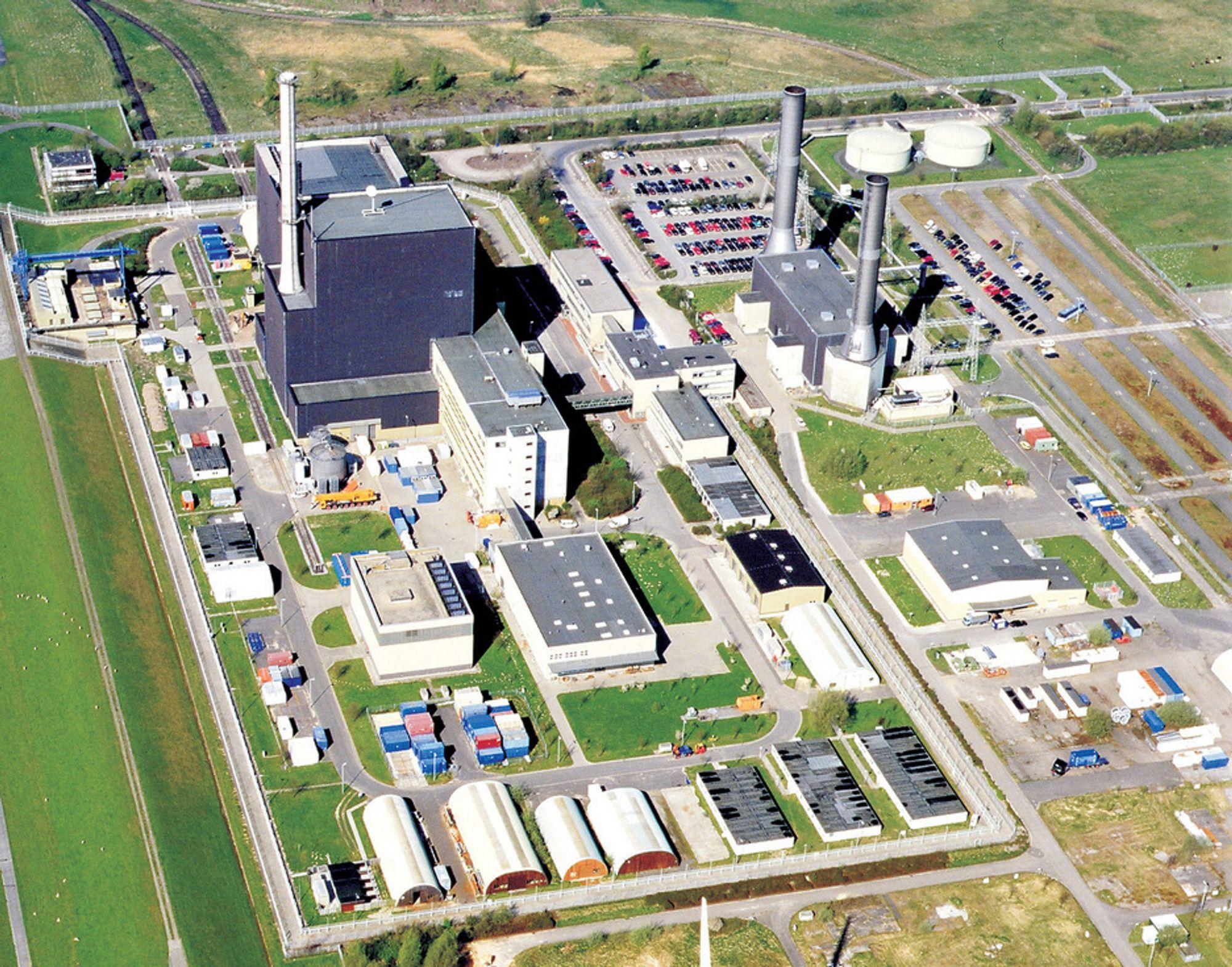 ALLEREDE STENGT: Vattenfalls tyske kjernekraftverk Brunsbüttel er blant dem som ikke får forlenget levetid. Kraftverket er uansett stengt på grunn av driftsproblemer. Andre energiselskaper vurderer å kreve erstatning av staten fordi kraftverkene ikke kan sies å være farligere nå enn før atomulykken i Japan.