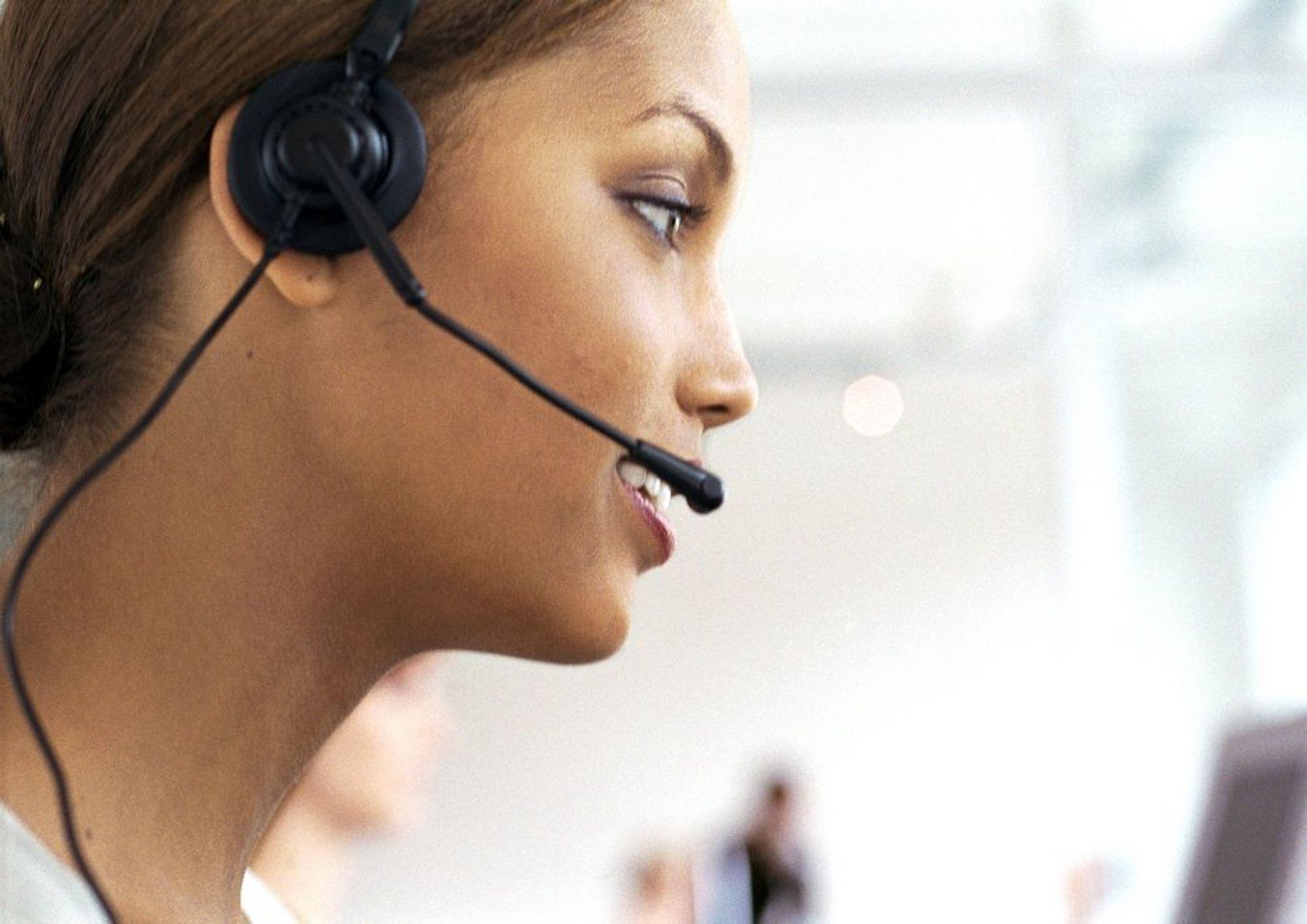 NYTT: Få holder ut i kundeservicejobber.