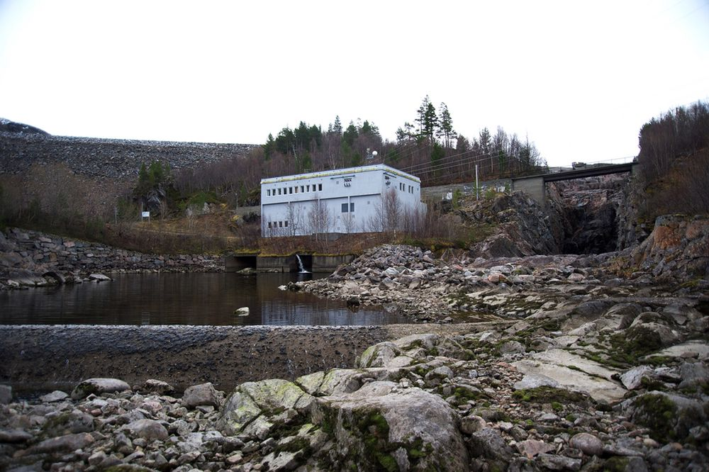 TOMME MAGASINER: Stillestående kraftstasjon i Folldalen i Surnadal.