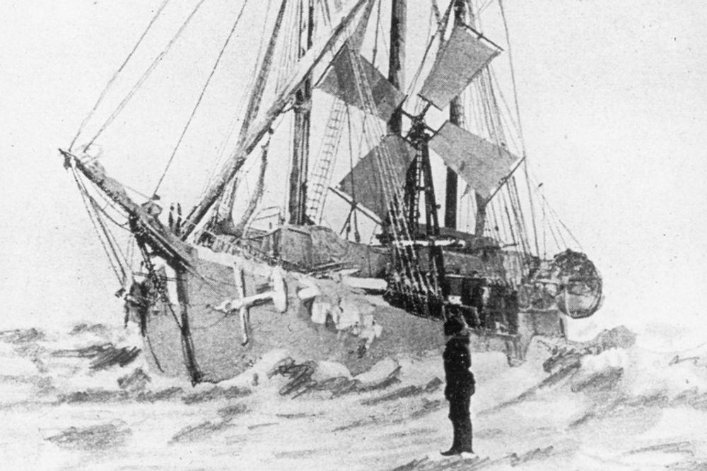"""FØRSTE VINDKRAFT: Nansen fikk elektrisk lys om bord på polarskuta """"Fram"""" fra en vindmølle. - Egentlig ville han jo ha gutta til å gå på tredemølle for å skaffe strøm, men en danske prakka på ham mølla, sier Norweas direktør Øyvind Isachsen."""