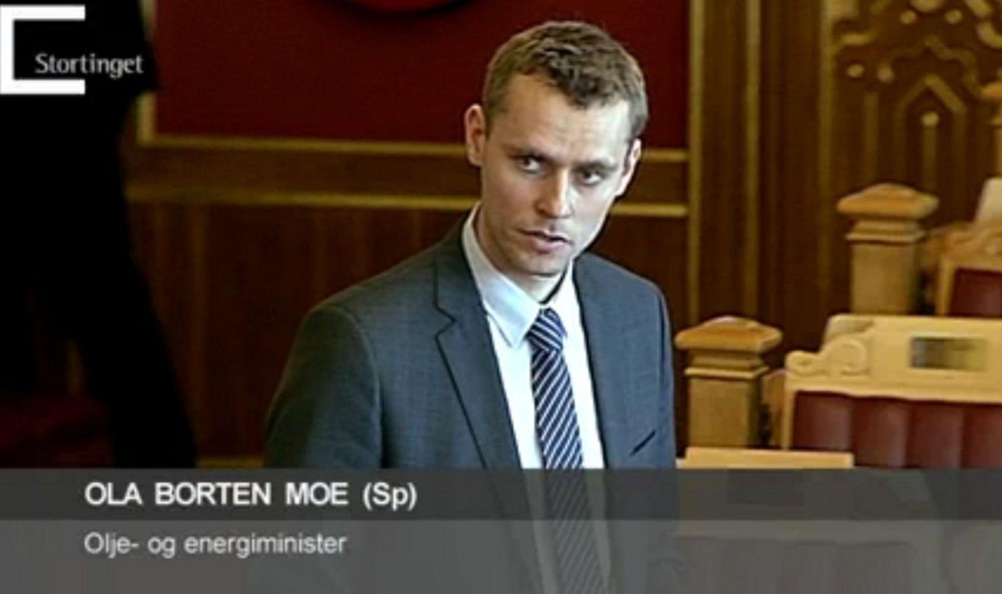 SERTIFIKATLOVEN VEDTATT: Energiminister Ola Borten Moe (Sp) fikk vedtatt sitt forslag til lov om elsertifikater i Stortinget i går.
