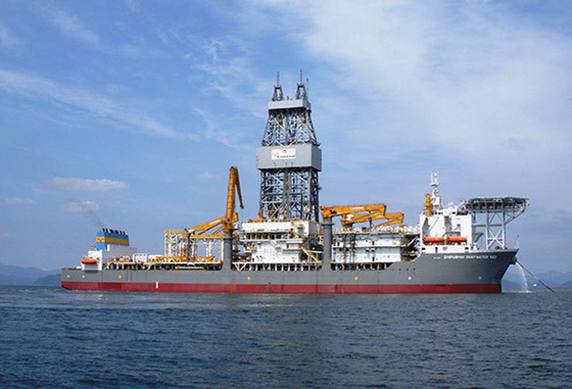REKORD: Dhirubhai Deepwater KG2 har satt ny dybderekord på 3107 meter.