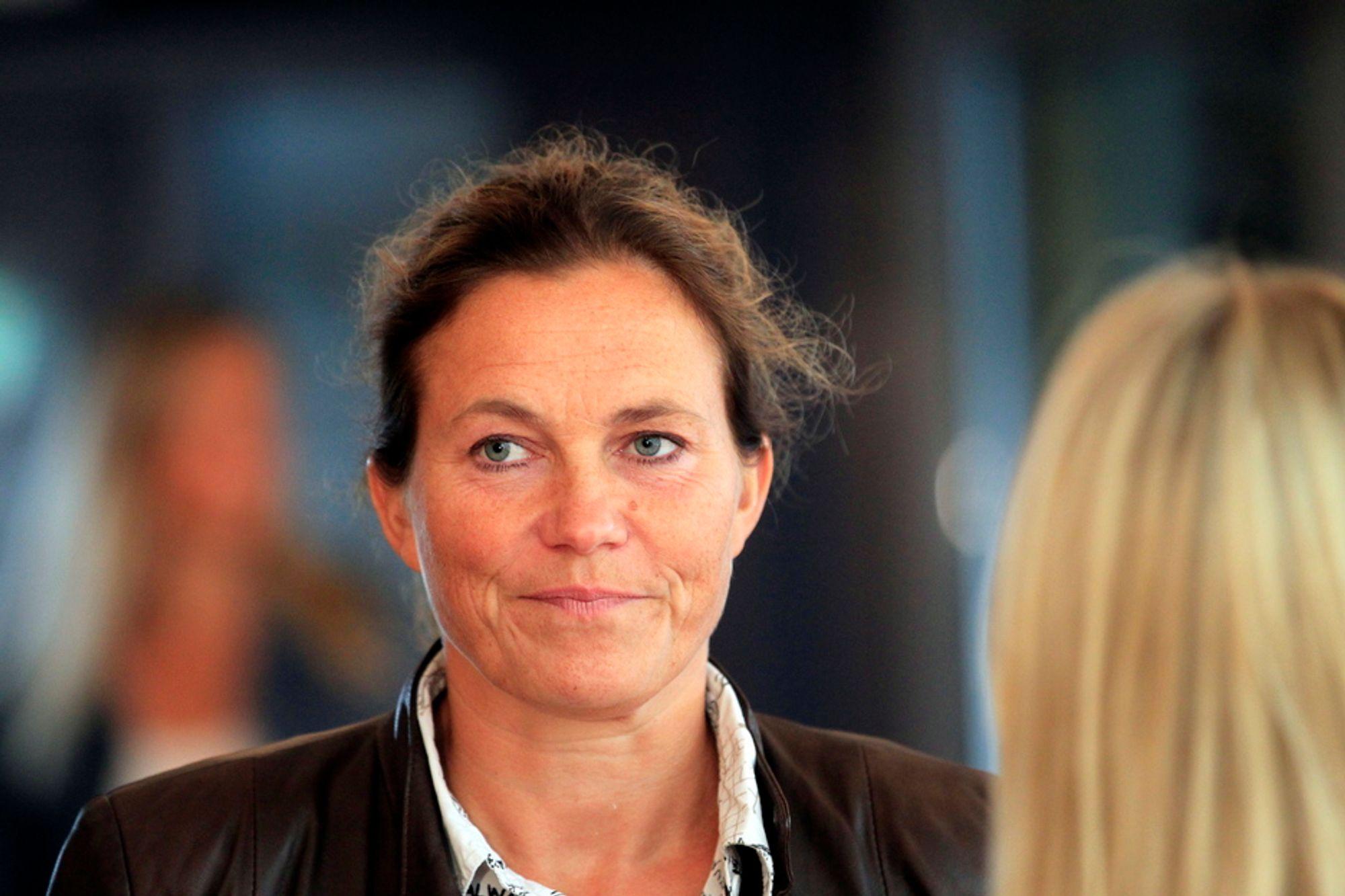 KLAR: Leder av 22. juli-kommisjonen, Alexandra Bech Gjørv, innledet møtet da kommisjonen hadde sitt første møte på Gardermoen torsdag. Kommisjonen skal granske alle sider ved terroraksjonen i Oslo og på Utøya som ble begått av Anders Behring Breivik.
