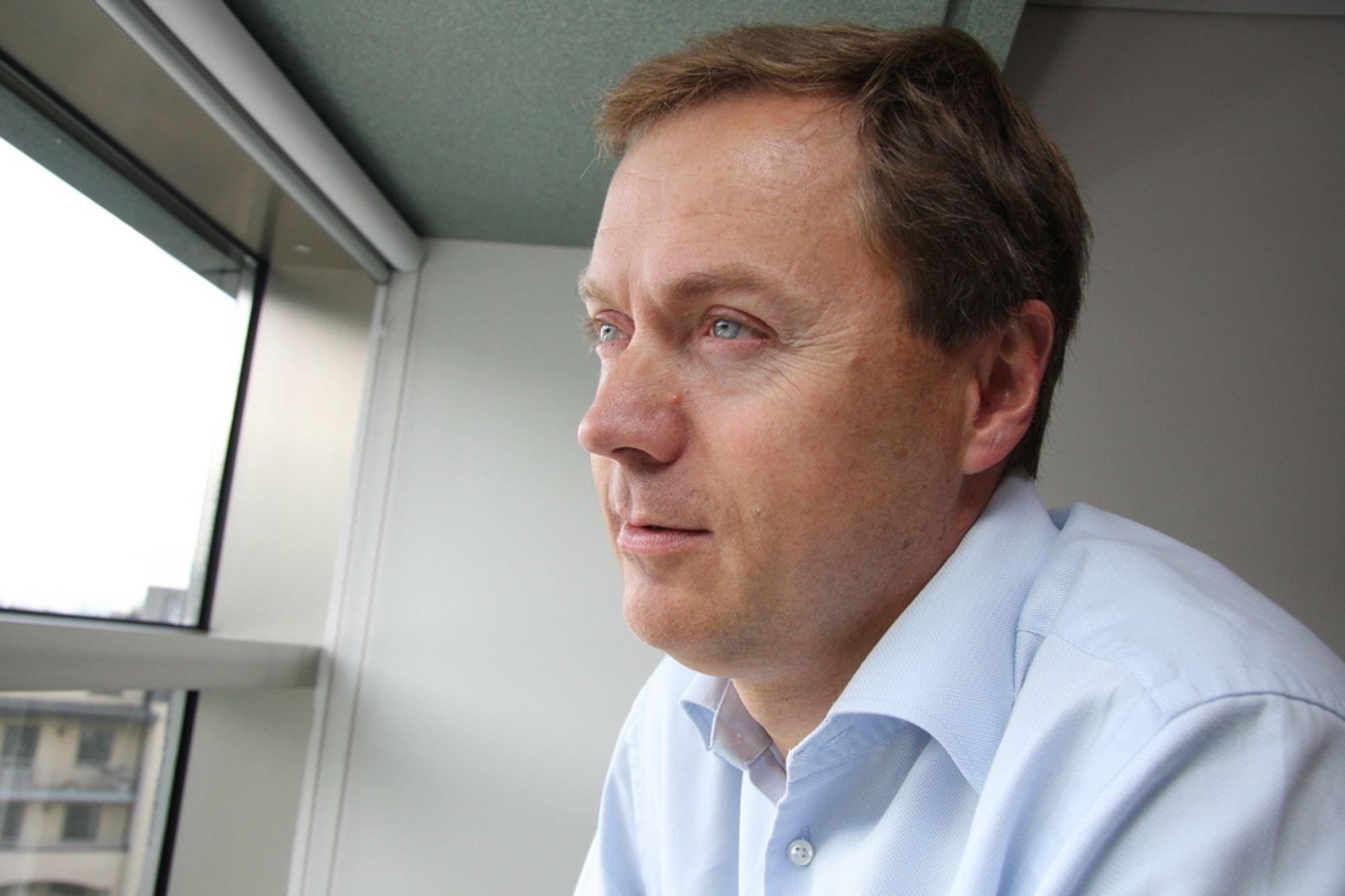MÅ STRAMME INN: Knut Sunde i Norsk Industri krever at statsbudsjettet for 2012 blir stramt for å hindre at kronekursen sender norske industribedrifter ut i mørket.