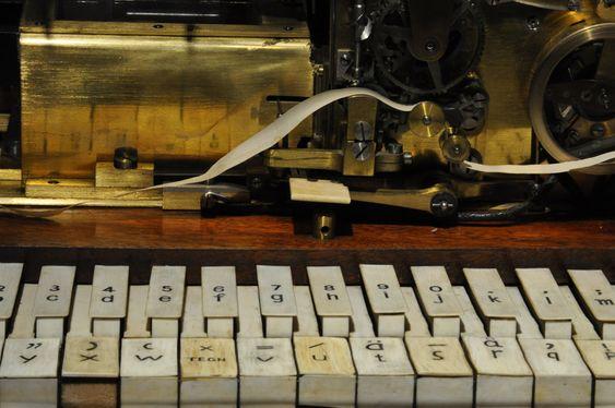 TELEGRAF: C. G. Olsens typetrykkstelegraf fra 1877 høstet betydelig faglig anerkjennelse, men ble aldri noen kommersielle suksess.