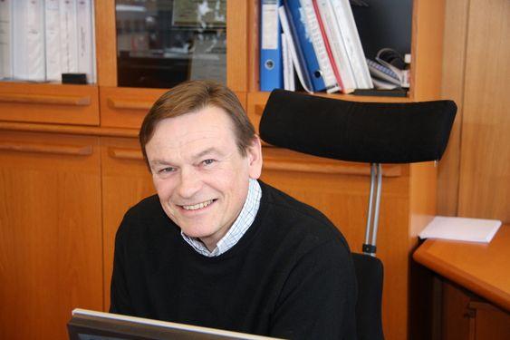 HOLDERI GJEN: Adm. dir. Jan Fredrik Meling i Eidesvik Offshore deler gjerne gode ideer og erfaringer, men vil ikke avsløre tekniske hemmeligheter som har med framtidig strategi å gjøre.
