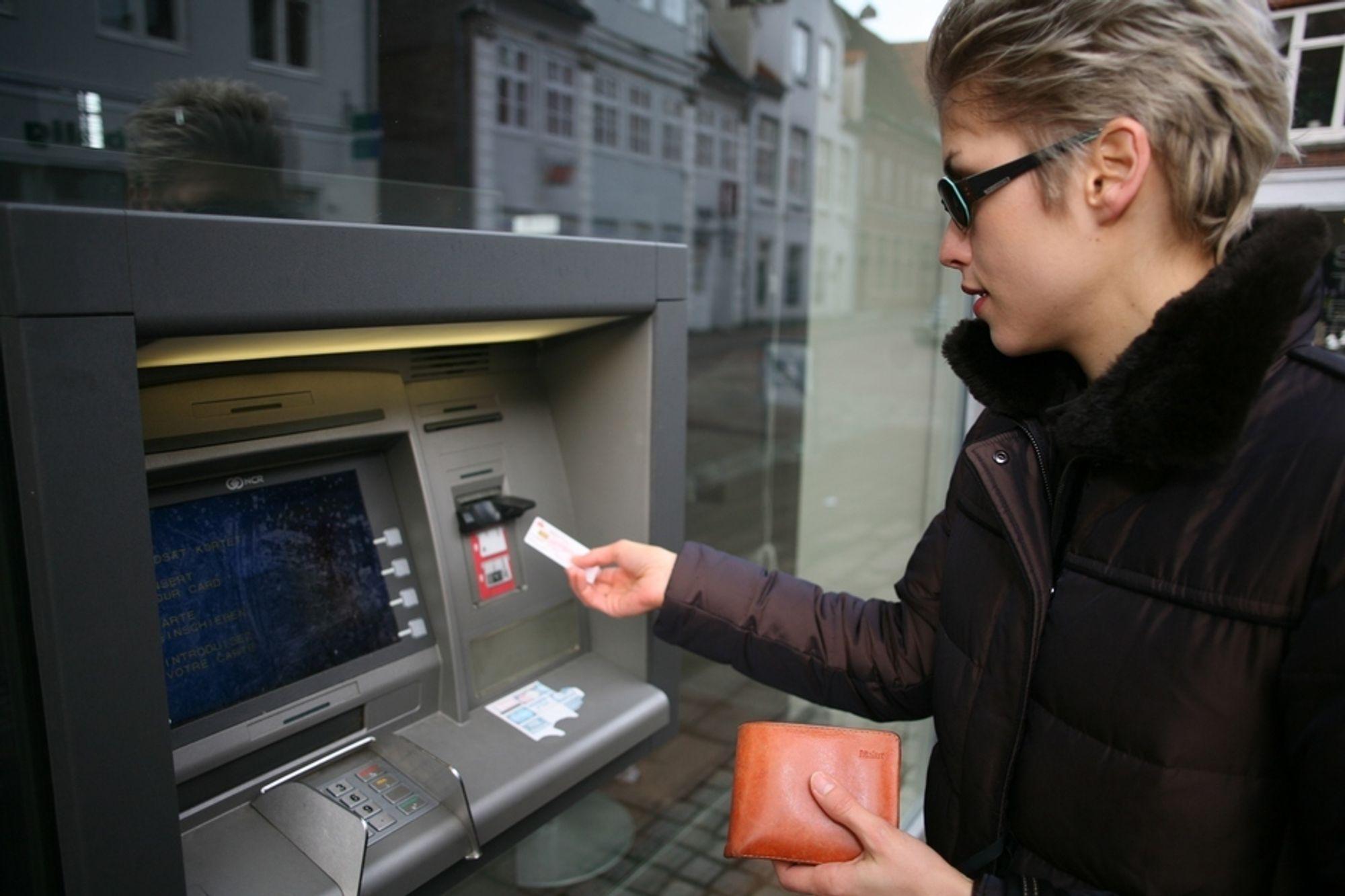 STOPP: Både minibanker og nettbanker stoppet opp på grunn feil i nettverksutstyr hos EDB Ergogroup.