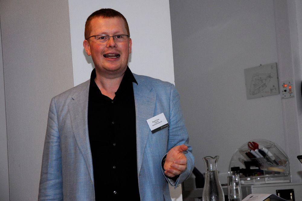 PINLIG HÅNDTERING: Statnetts håndtering av Sima-Samnanger-utbyggingen er pinlig og skadelig for bransjen, mener Småkraftforeningas leder Henrik Glette.