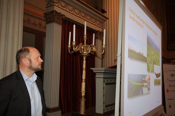 VIKTIG: Adm.dir. Stein Lier-Hansen i Norsk Industri sponser Kjemiåret 2011 for å få fram betydning av faget for alt liv på jorda.
